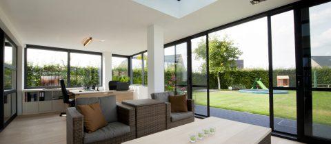 Maison neuve : pourquoi vous devriez opter pour des fenêtres en aluminium